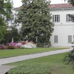 villa con parco in fiore_04-05-11_0001